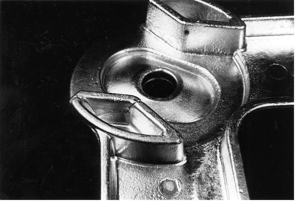 Bild 1: Kokillengussteil mit Kaltschweißstelle, Vergrößerung 2:1