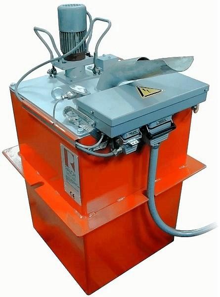 Bild 1: Zinkschmelzenbehälter, Type ZSB453 des Herstellers Ing. Rauch Fertigungstechnik GmbH