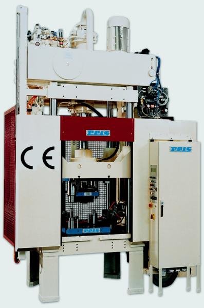 Fig. 3: SEP press series from Reis, photo: Reis Robotics GmbH