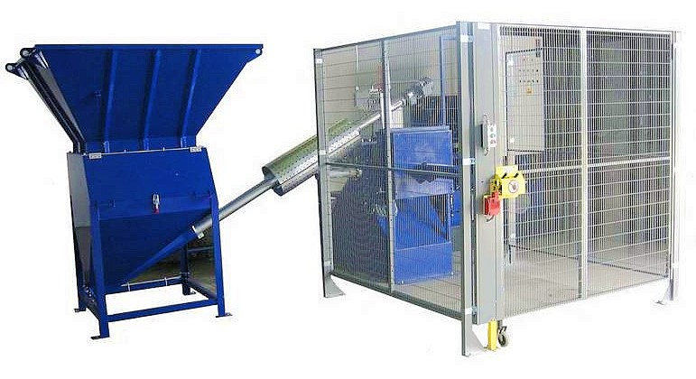 Fig. 1: Magnesium chip compactor, type SPV from Ing. Rauch Fertigungstechnik GmbH