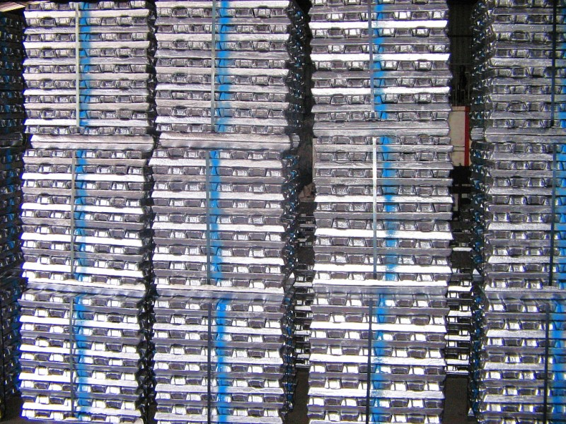 Fig. 1: Stack of ingot metal using aluminum casting alloy, photo source: SAG Aluminium Lend GmbH