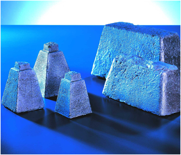 Fig. 2:  Inoculant blocks for hand mold casting  (ASK Chemicals Metallurgy GmbH)