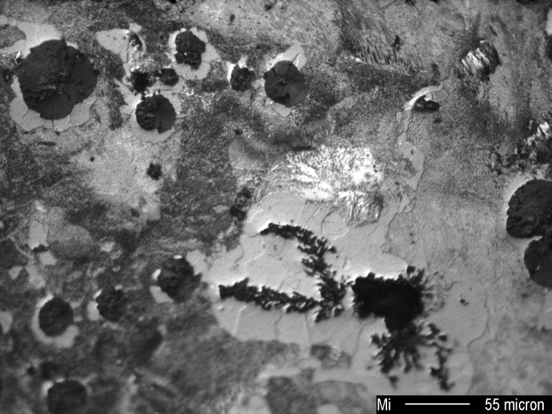 Fig. 1: Microporosity in the solidification structure of GJS, 200:1, etched