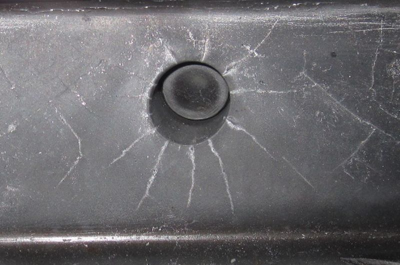 Fig. 4: Radial stress cracks around an ejector bore after approx. 80,000 fillings,Source: FT&E Foundry Technologies & Engineering GmbH