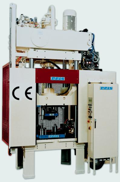 Bild 3: Pressenbaureihe SEP von Reis, Foto: Reis Robotics GmbH