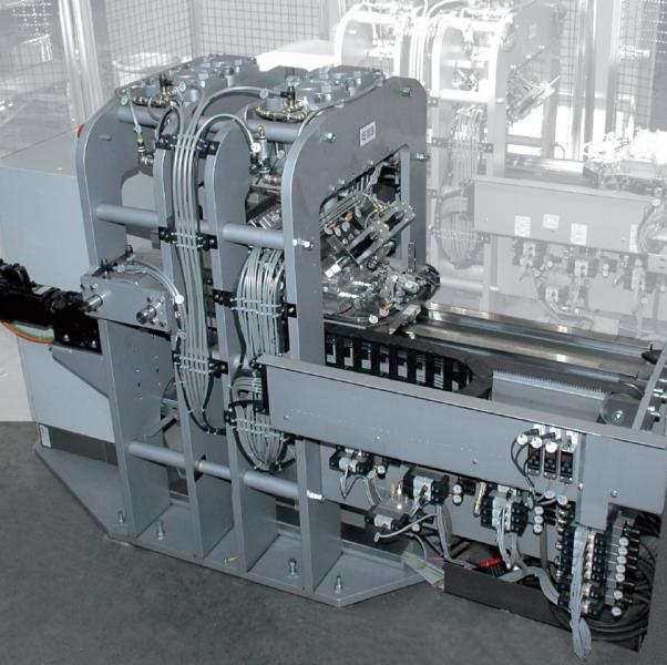 Bild 2: Differenzdrückprüfanlage mit Lecktestzelle, CASTTESTER AIR von Fa. Fill GmbH