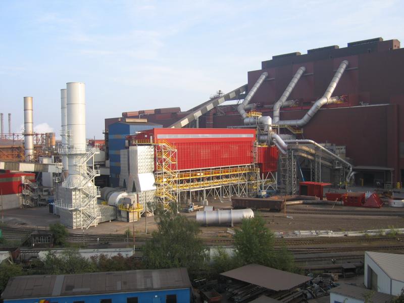 Bild 3: Kammerfilter in der Stahlindustrie, (Scheuch GmbH, Aurolzmünster, Österreich)
