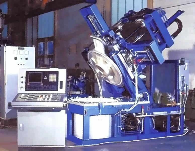 Bild 5: Niederdruck-Kokillengießmaschine in gekippter Position