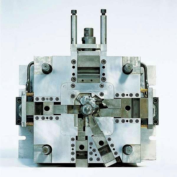 Bild 7: Präzisionswerkzeug für den Zink-Druckguss von Adolf Föhl GmbH