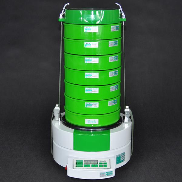Bild 2: Siebapparat LPzE-2 zur Bestimmung der Korngrößenanteile (Hersteller Fa. MULTISERW-Morek, vertreten durch S&B Industrial Minerals GmbH, Vertrieb Leipzig)