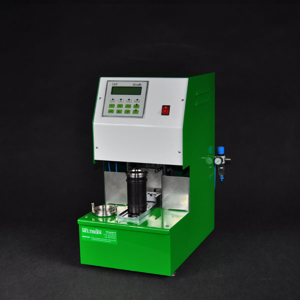 Bild 6: Nasszugfestigkeitsprüfgerät LRP, elektronisch mit PC-Schnittstelle (Hersteller Fa. MULTISERW-Morek, vertreten durch S&B Industrial Minerals GmbH, Vertrieb Leipzig)