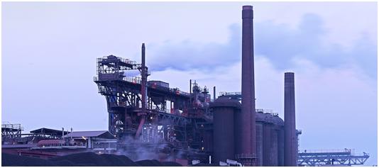 Bild 2: Hochofenanlage der DK Recycling und Roheisen GmbH, Duisburg, Deutschland