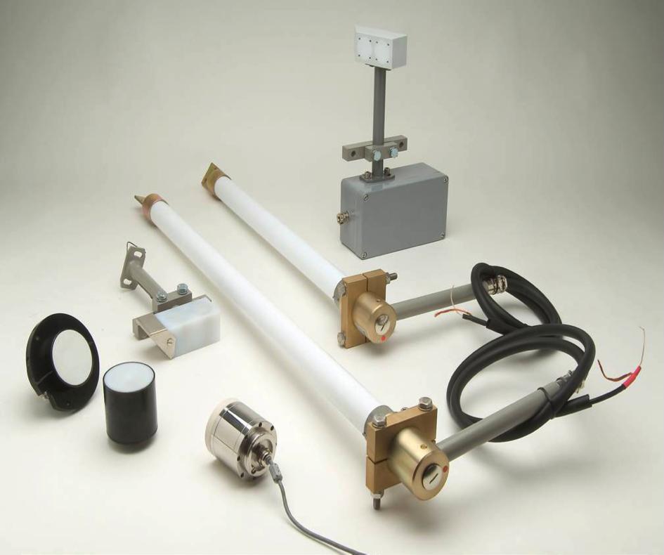 Bild 2: Beispiel für kapazitive Sensorsysteme stabförmige Ausführung für die Montage in Behältern und Silos (Sensor Control GmbH)