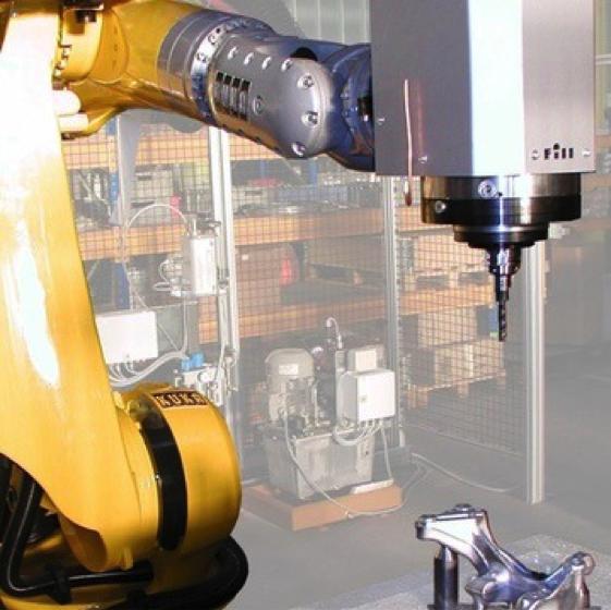 """Bild 1: Roboterentgratung """"robotrim"""", Fill GmbH"""