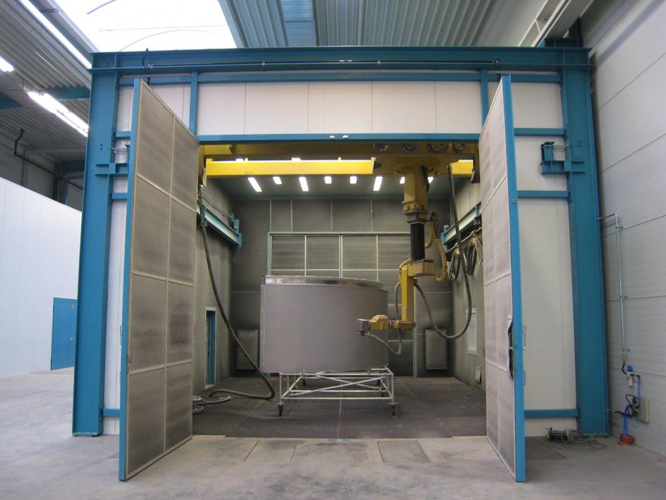 Fig. 3: Airblast Cabinets (Rump Strahlanlagen GmbH & Co. KG)